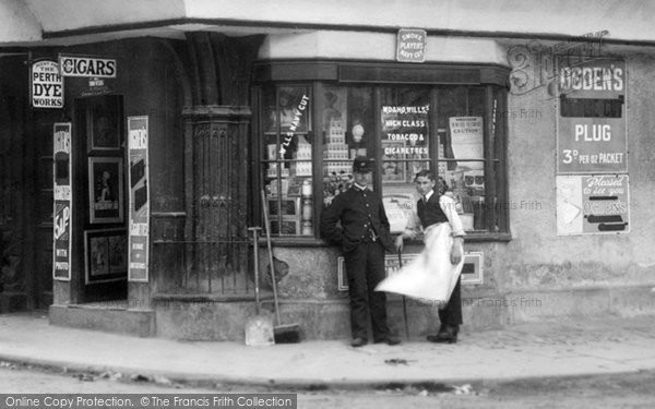 Berkeley, The Shop 1904