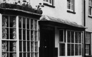 Berkeley, White Lion Inn c.1955