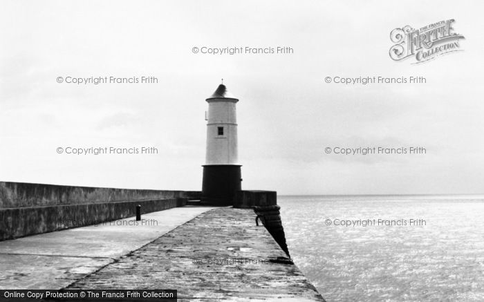 Berwick Upon Tweed, The Pier Lighthouse 1960