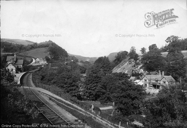 Berwyn, Station And Chain Bridge Hotel 1896