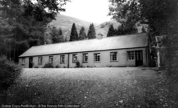 Photo of Betws Garmon, Everest, Plas y Nant 1963