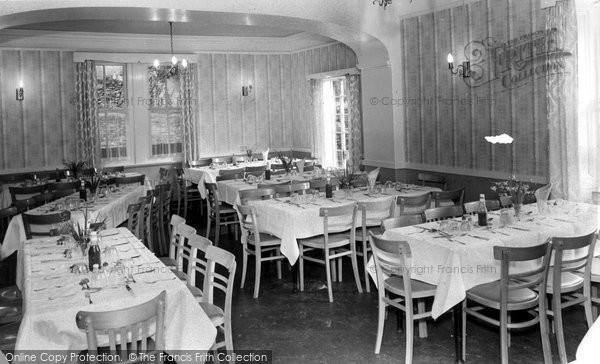 Betws Garmon, The Dining Room, Plas Y Nant 1963