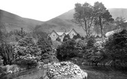 Betws Garmon, The Fountain And House, Plas Y Nant c.1930