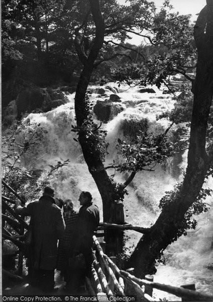 Betws Y Coed, Swallow Falls 1952