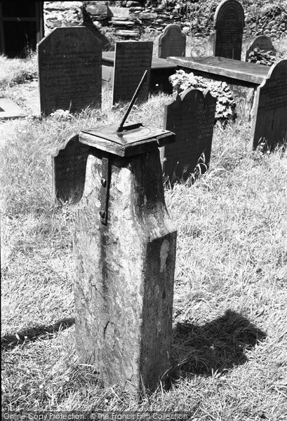 Betws Y Coed, The Old 1737 Sun Dial At St Nicholas Church 1953