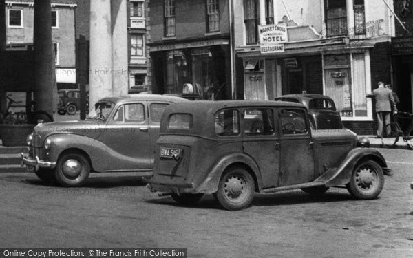 Beverley, Austin A40 And Singer Cars c.1955