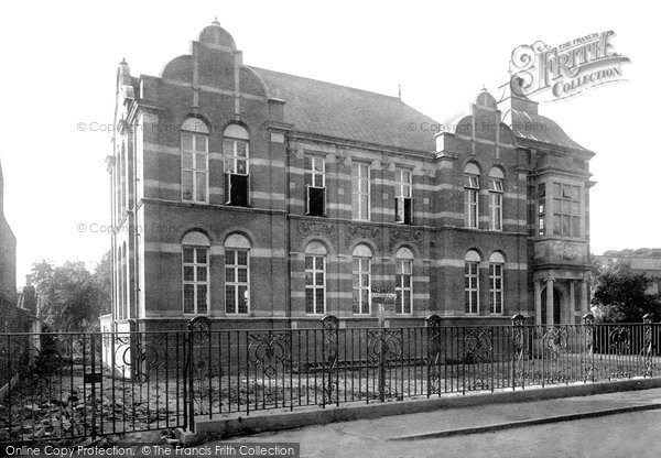 Beverley, Public Library 1906