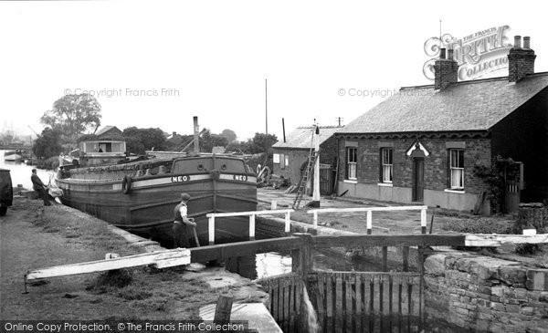 Beverley, The Lock c.1960