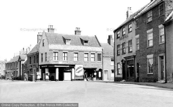 Beverley, Wednesday Market c.1960