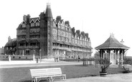 Bexhill-On-Sea, Sackville Hotel And Kiosk 1897