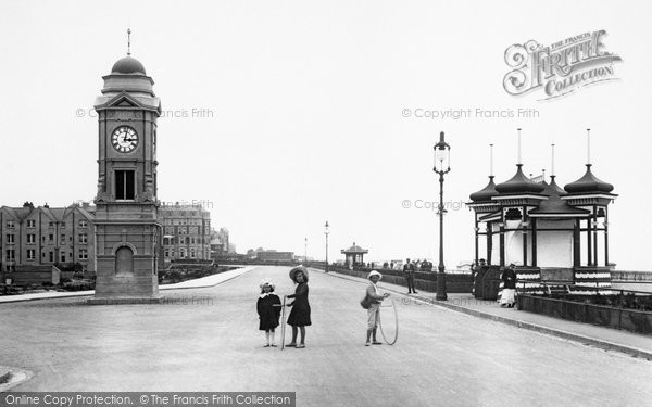 Bexhill On Sea, West Parade 1904