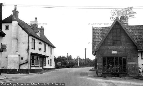 Beyton, The White Horse Inn c.1955