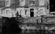 Bibury, Family At The Swan Hotel c.1960