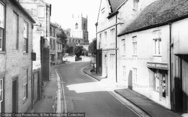 Bicester, Causeway And Church c.1965