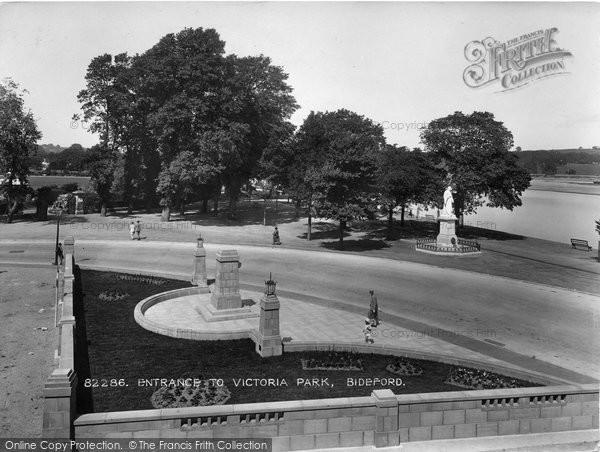 Bideford, Entrance To Victoria Park 1929