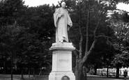 Bideford, Kingsley Statue 1919