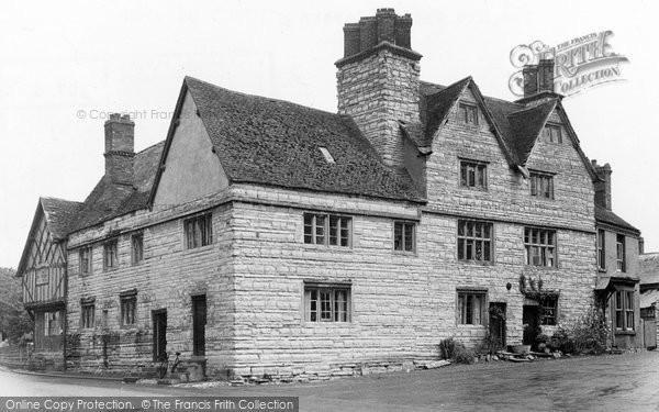 Bidford On Avon, The Old Falcon Tavern c.1955