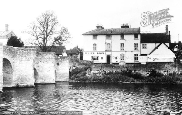 Bidford On Avon, The White Lion Hotel c.1955
