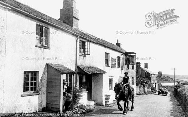 Bigbury Village, The Village 1925