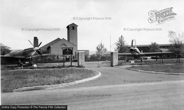 Biggin Hill, St Georges Chapel Of Remeberance Raf c.1960
