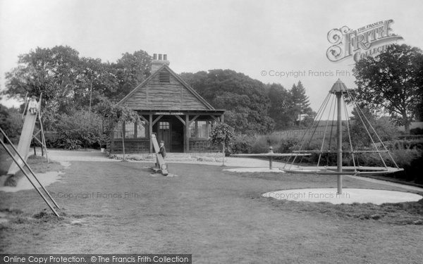 Photo of Billingshurst, Mothers Garden 1928