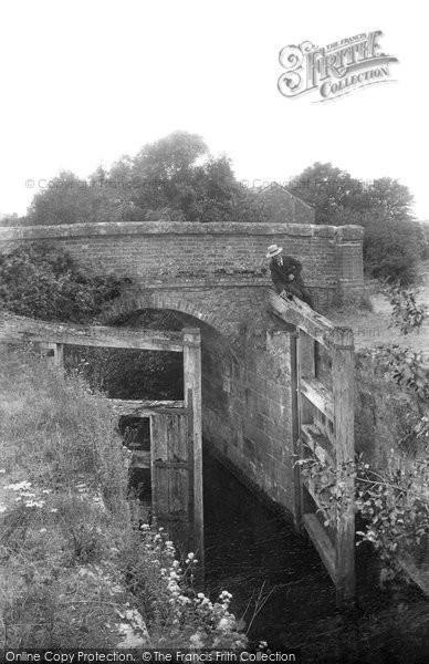 Billingshurst, Rowner Lock 1907