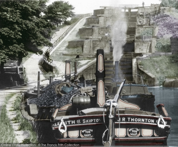 Bingley, Five Rise Locks c.1900