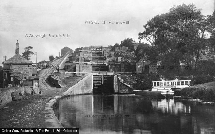 Bingley, Five Rise Locks, The Leeds & Liverpool Canal 1894