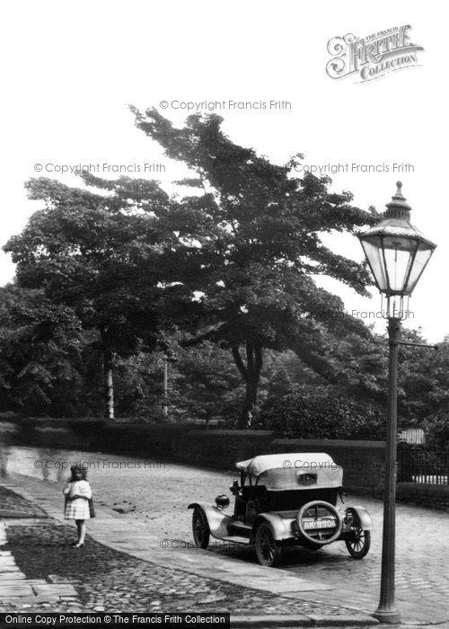 Bingley, Motor Car 1923