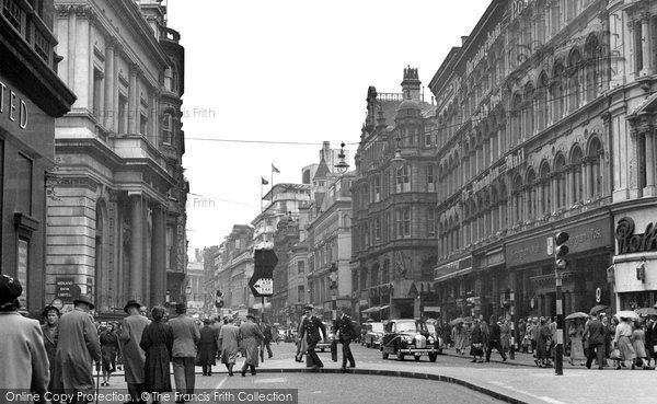 Photo of Birmingham, New Street 1954