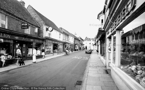 Bishop's Waltham, High Street c.1960