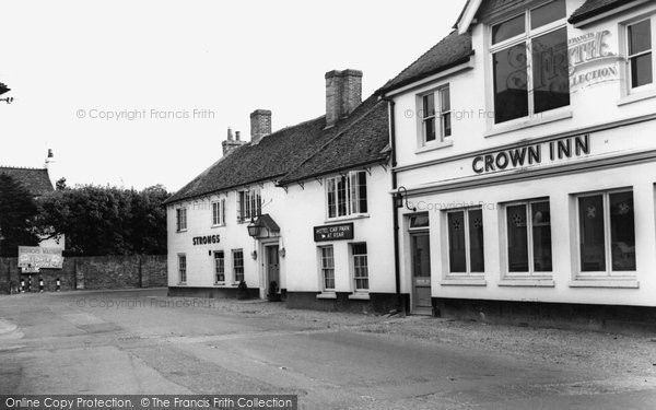 Bishop's Waltham, The Crown c.1960