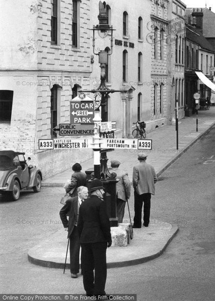 Bishop's Waltham, The Sign Post, High Street 1957