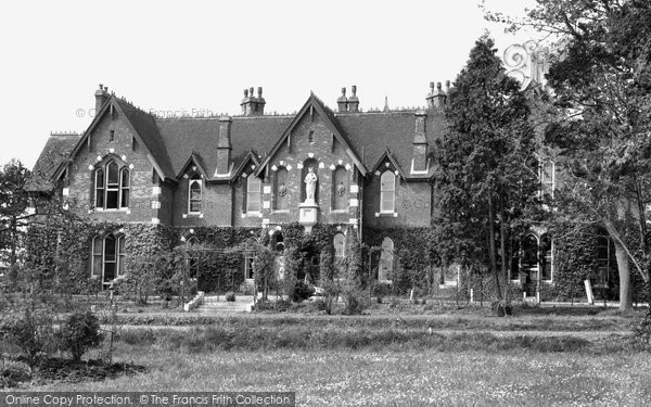 Bishop's Waltham, White Fathers' Priory c.1955