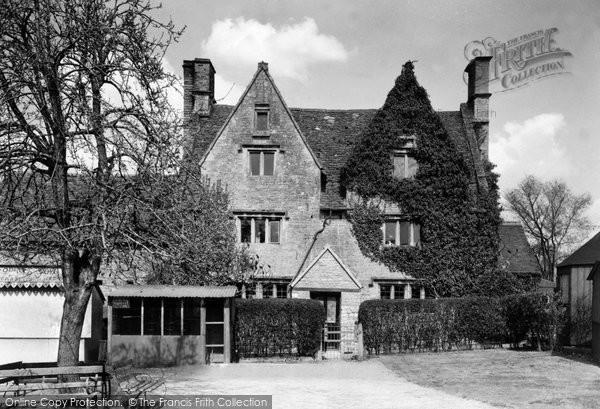 Bishops Cleeve, Eversfield House c.1955