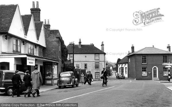 Bishops Waltham, The Square c.1955