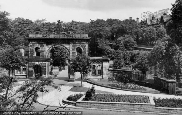 Blackburn, Corporation Park Entrance c.1950