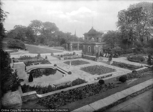 Blackburn, Corporation Park Entrance Gates 1923