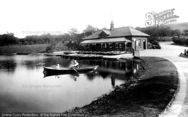 Blackburn, Queens Park Lake 1923