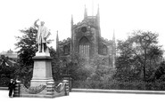 Blackburn, The Parish Church And Gladstone Statue 1923