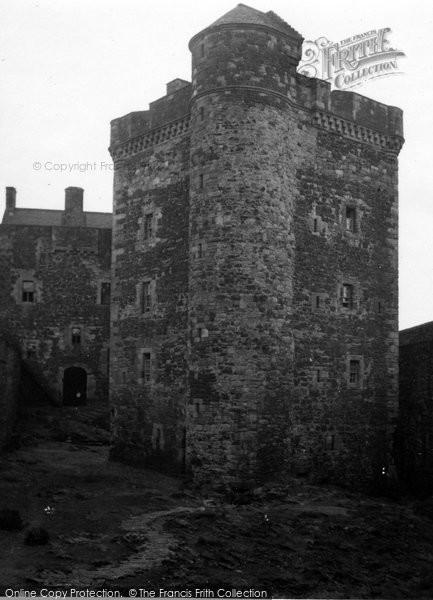 Blackness, Castle 1953