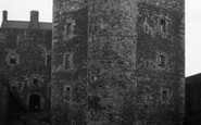 Example photo of Blackness Castle