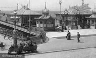 Blackpool, Entrance To The Victoria Pier 1894