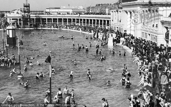 Blackpool, The Open Air Bath 1947