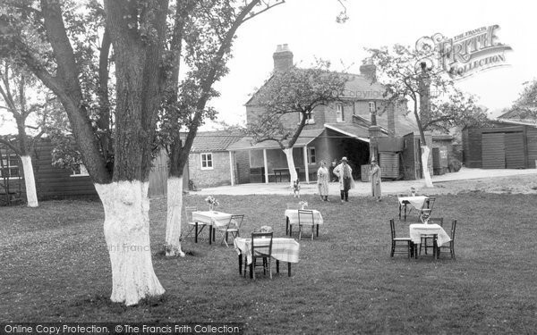 Photo of Blakeney, Lensbrook Tea Gardens c1945