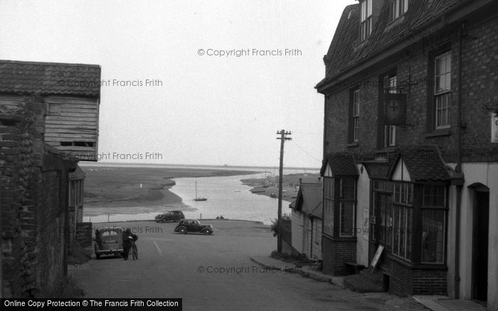 Blakeney, The Quay From The Village c.1950