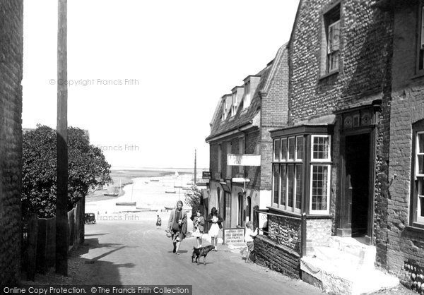 Blakeney, The Village 1933