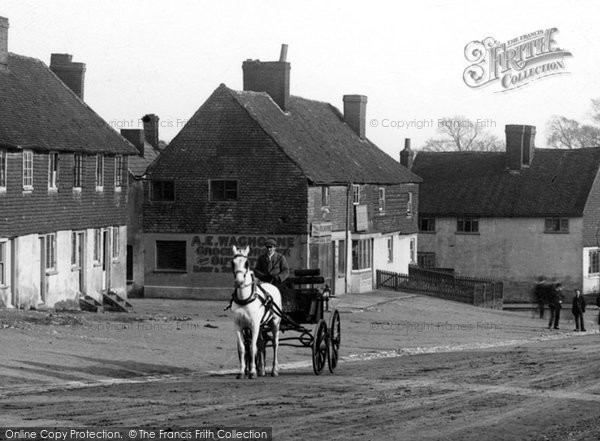 Bletchingley, Horse And Cart In The Village 1903
