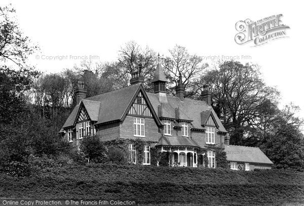 Bletchingley, The Dower House 1907