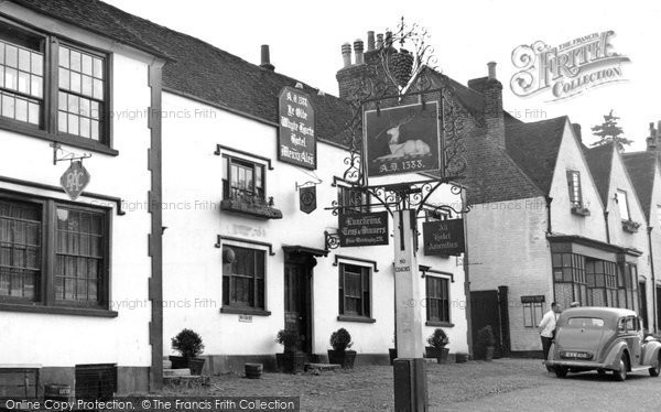 Bletchingley, The Whyte Harte c.1955